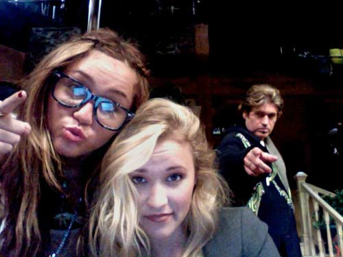miley-cyrus-emily-osment