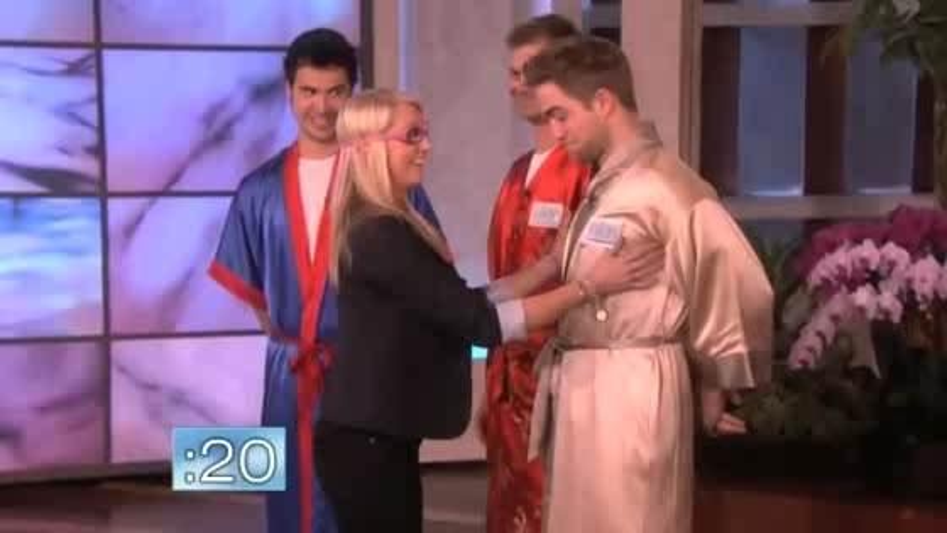 Robert-Pattinson-Kimono