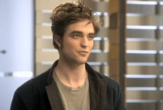 Robert Pattinson MTV Movie Spot Robert Pattinson mit Tom Cruise im MTV Movie Awards Werbespot!