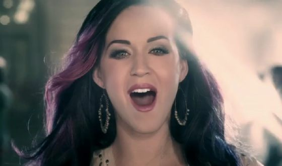 Katy Perry Firework Preview