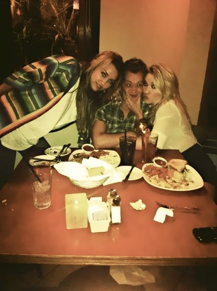 Miley Cyrus Emily Osment Earles