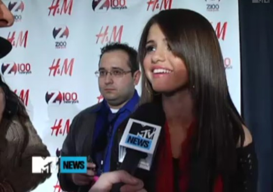 Selena-Gomez-Jingle-Ball-MTV