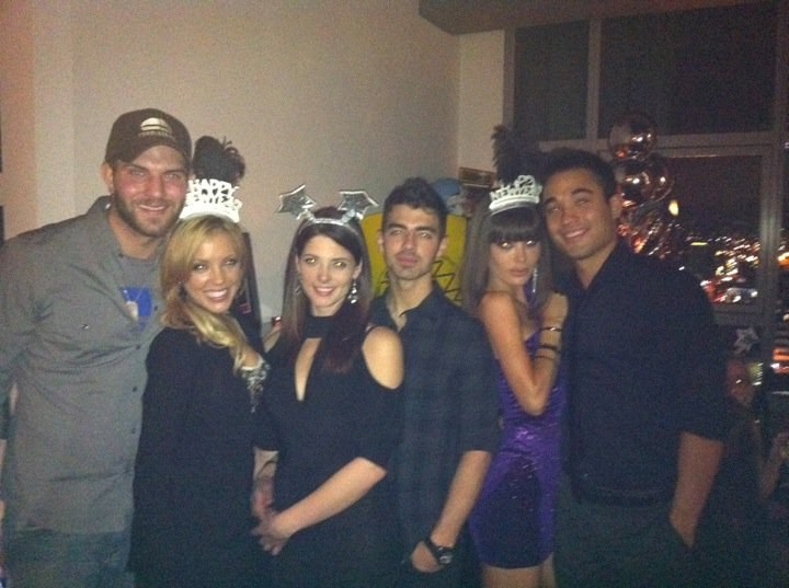 Joe Jonas Ashley Greene Silvester 2010