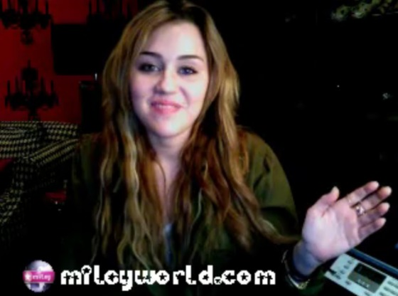 Miley-Cyrus-Video-Silvester-2010