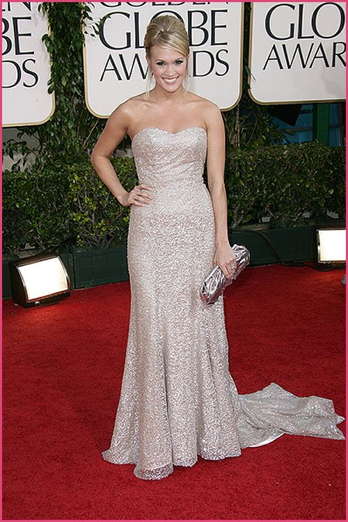 carrie underwood golden globes 2011