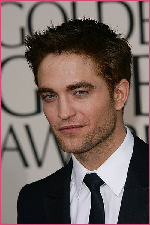 Robert Pattinson Golden Globes 2011-5
