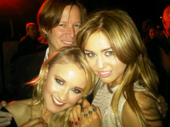 Emily Osment Miley Cyrus Grammyparty Foto