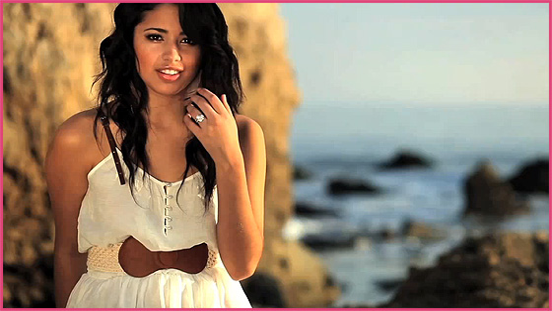 Jasmine Villegas Natural