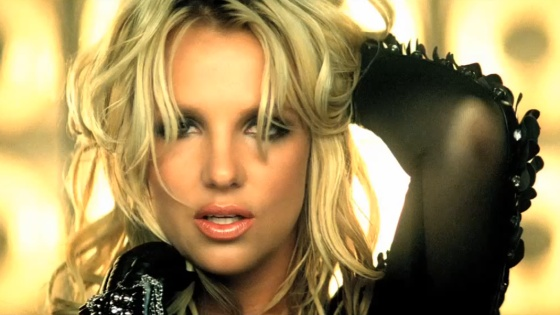 Britney-Spears-Till-The-World-Ends