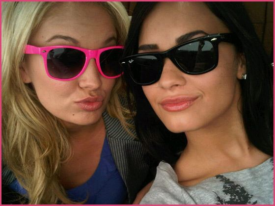 Demi-Lovato-Tiffany-Thornton