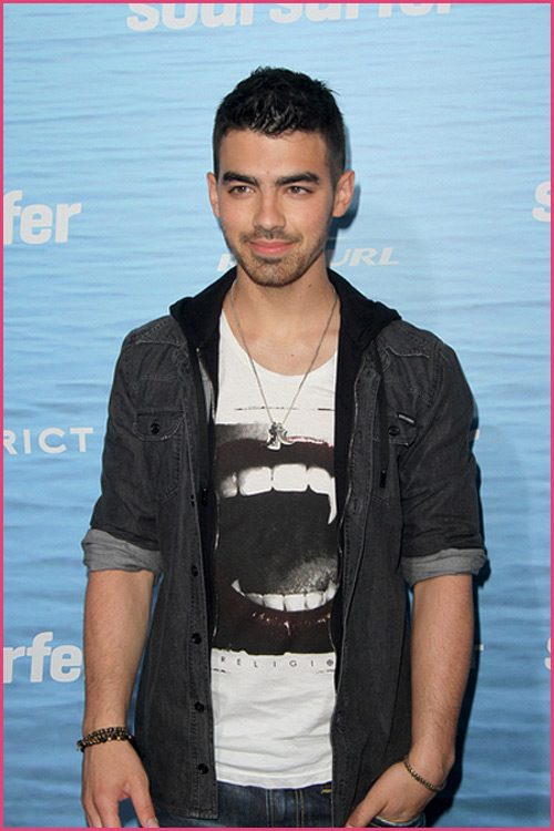 Joe-Jonas-Soul-Surfer