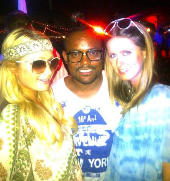 Paris-Nicky-Hilton-Coachella-2011