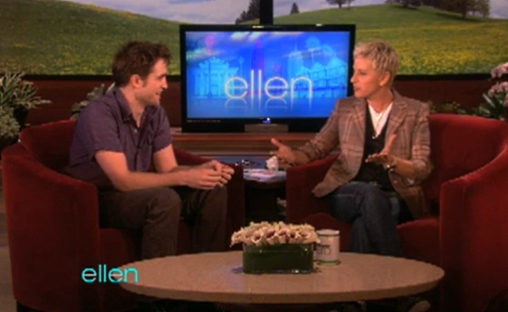 Robert-Pattinson-Ellen-2011-2
