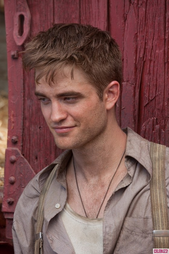 Robert Pattinson cool Water For Elephants