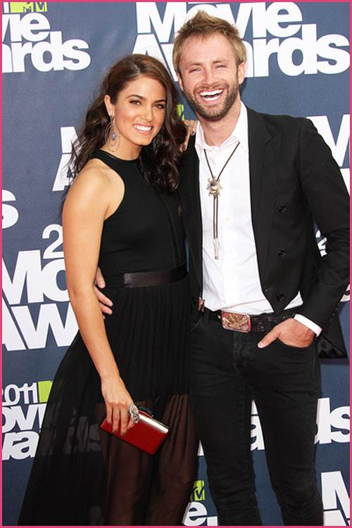 Nikki-Reed-Paul-McDonald-Movie-Awards-2011