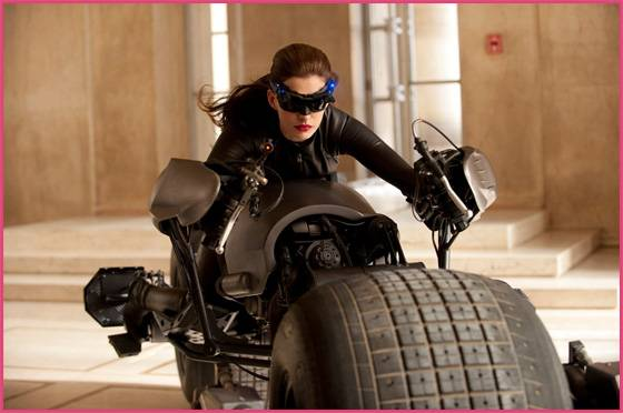 Anne Hathaway als Catwoman The Dark Knight Rises: Trailer #2 in deutsch!