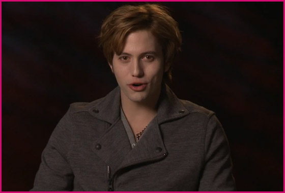 Jackson-Rathbone-Twilight-Facebook-Video