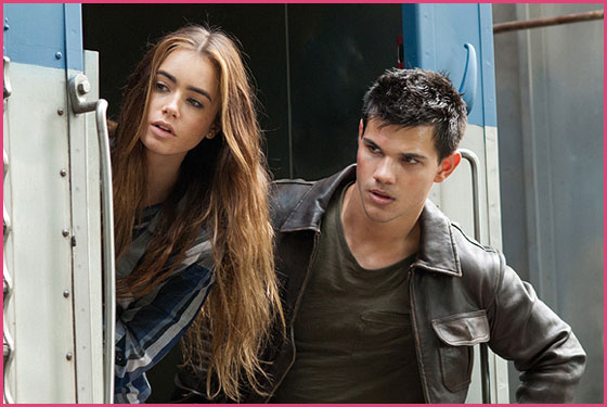 Lily-Collins-Taylor-Lautner-Abduction-Still