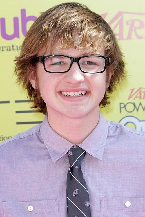 Angus-T.-Jones-Power-of-Youth-Event-2011-3