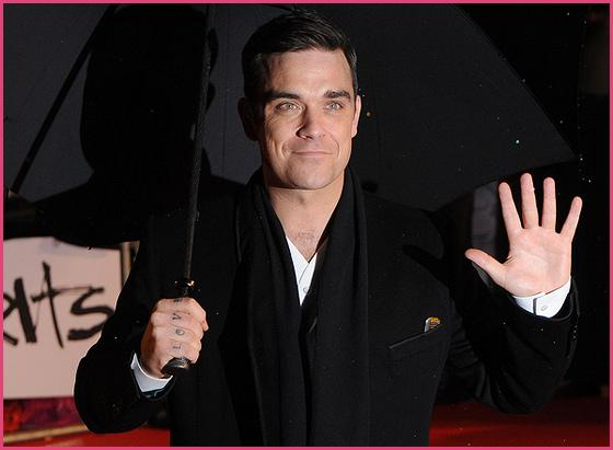 Robbie Williams Brit Awards 2010 X Factor: Robbie Williams war gar nicht nackt