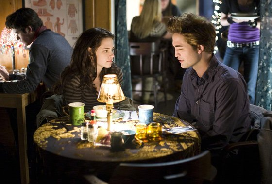 Robert Pattinson Kristen Stewart Twilight Restaurant Robert Pattinson war gerne Kellner