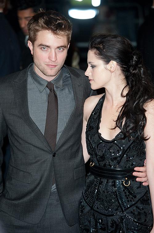 Breaking Dawn UK Premiere Robert Pattinson Kristen Stewart 2 Robert Pattinson & Kristen Stewart nicht in Fifty Shades Of Grey