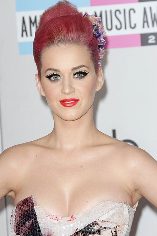 Katy-Perry-American-Music-Awards-2011-2
