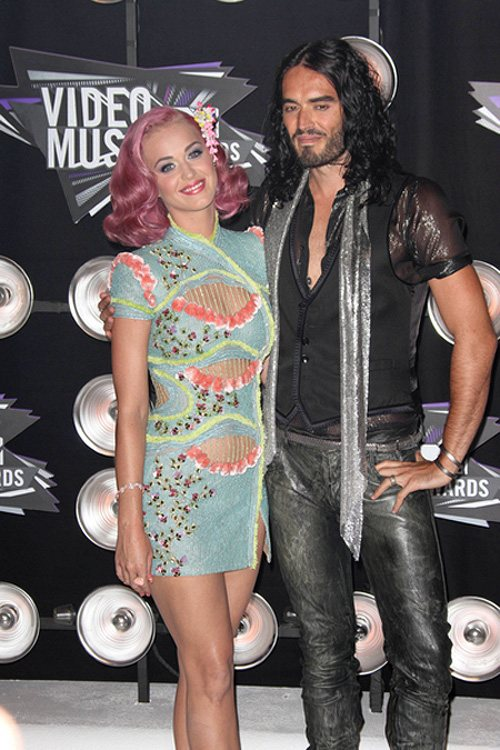 Katy-Perry-Russell-Brand-MTV-VMA-2011