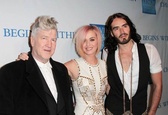 Katy-Perry-Russell-Brand-Change-Begins-Within-5