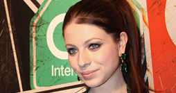 Michelle-Trachtenberg-Designer-Collective-Launch-New-York-2011-Vorschau