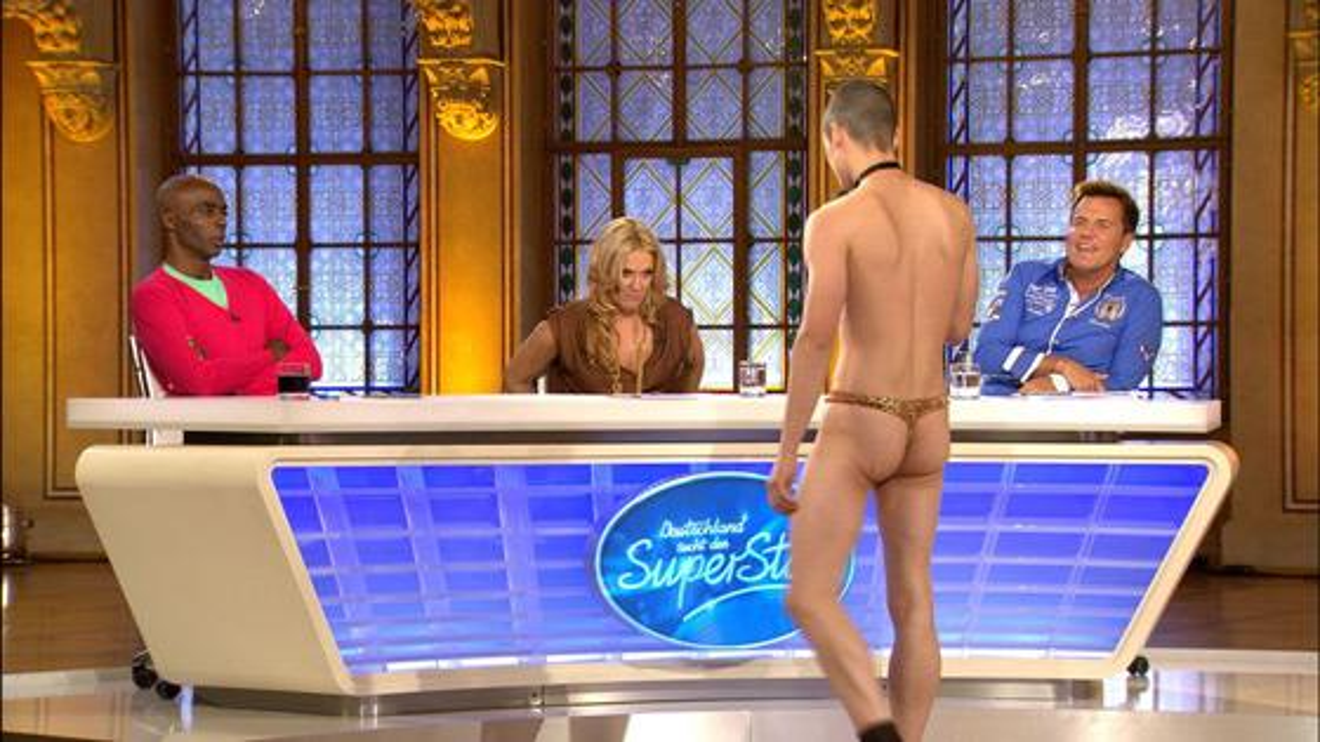 DSDS-2012-1.-Casting-Jury-Stripper