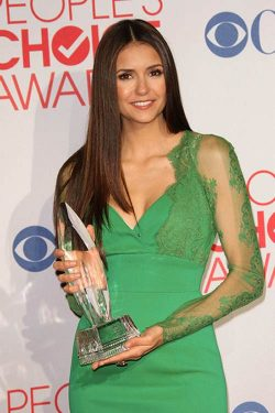 Nina Dobrev Peoples Choice Awards 2012 2 250x375 Ian Somerhalder & Nina Dobrev: Peoples Choice Awards 2012