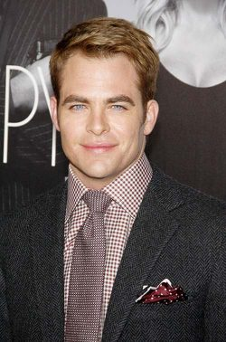 Chris Pine This Means War Premiere 250x378 Chris Pine auf Millionen verklagt
