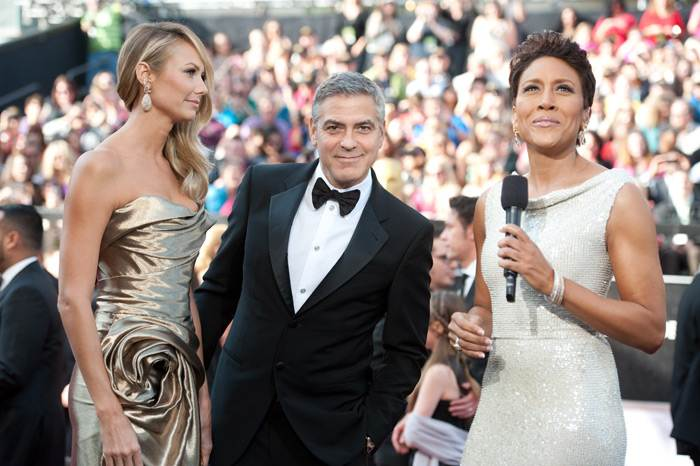 George-Clooney-Stacy-Keibler-Oscars-2012-2