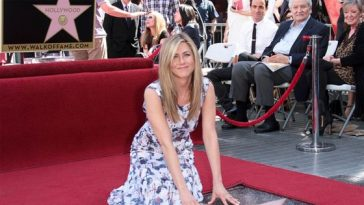 Jennifer-Aniston-Walk-of-Fame-1