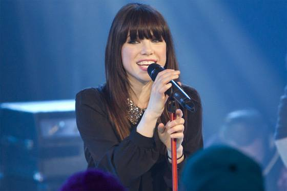 Carly-Rae-Jepsen-New-Music-Live