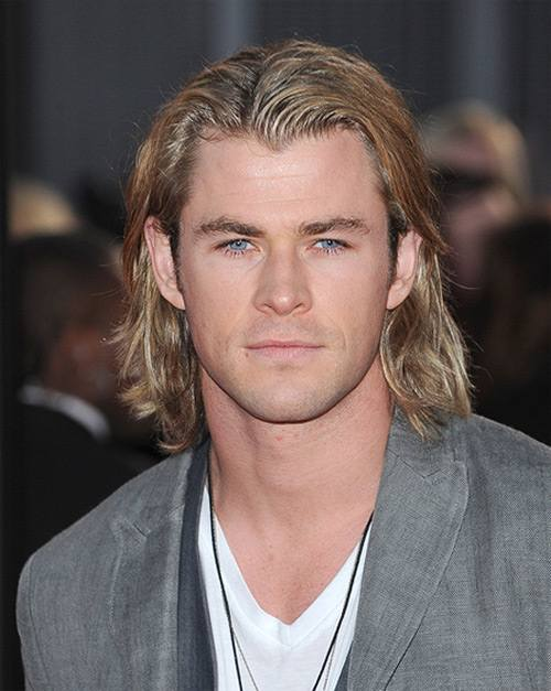 Chris-Hemsworth-Hunger-Games-Premiere-London-2