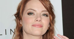 Emma-Stone-Black-Woman-Luncheon-2012-Vorschau