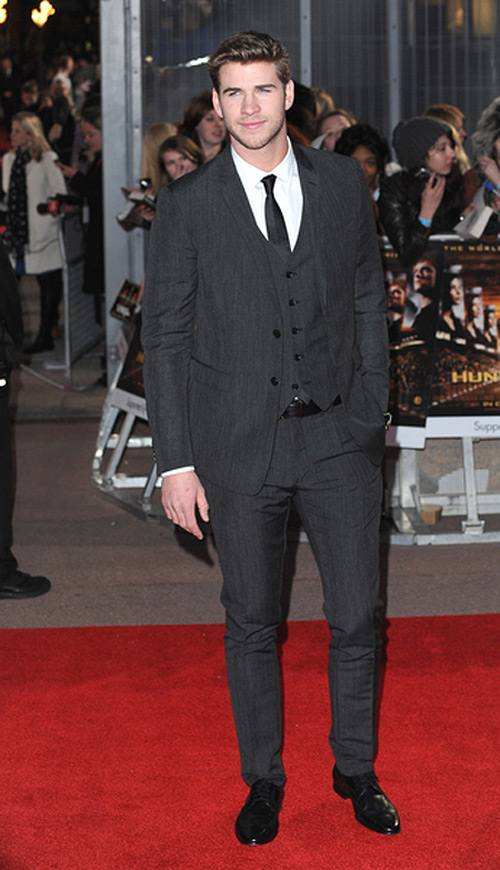 Liam-Hemsworth-Hunger-Games-Premiere-London-1