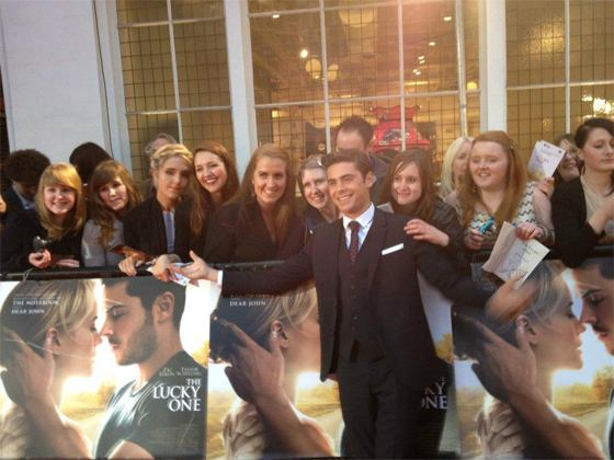 Zac Efron The Lucky One Premiere London 4 Zac Efron: The Lucky One Premiere in London