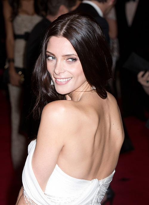 Ashley Greene Met Gala 2012 2 Ashley Greene ist wieder Single!