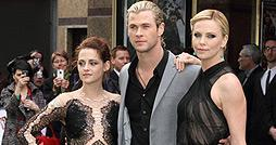Kristen-Stewart-Chris-Hemsworth-Charlize-Theron-Snow-White-Weltpremiere-Vorschau