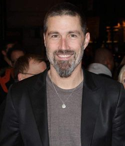 Matthew Fox 2011 250x291 Lost Star Matthew Fox betrunken festgenommen