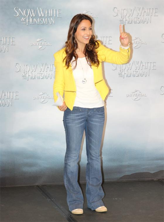 Nina-Moghaddam-Snow-White-Fan-Event-Berlin-1