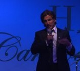 Cannes 2012: Sean Penn sammelt Geld [Video]