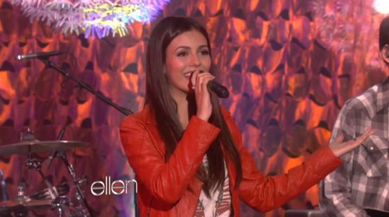 Victoria Justice Ellen Make It In America Victoria Justice   Make It in America [Live]