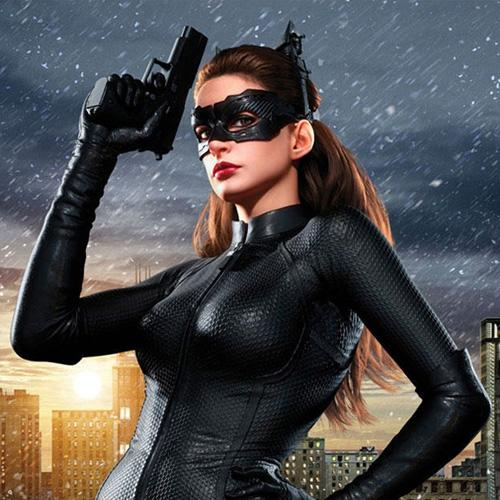 Anne-Hathaway-Catwoman-Promo