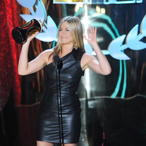 Jennifer Aniston MTV Movie Awards 2012 Jennifer Aniston: Leinwand Drecksack bei den MTV Movie Awards