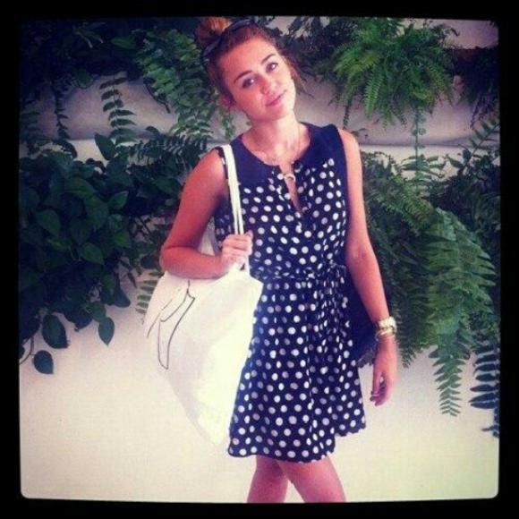 Miley-Cyrus-New-Orleans-2012