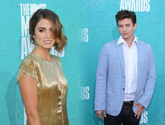 Nikki Reed Jackson Rathbone MTV Movie Awards 2012 Nikki Reed und Jackson Rathbone bei den MTV Movie Awards 2012